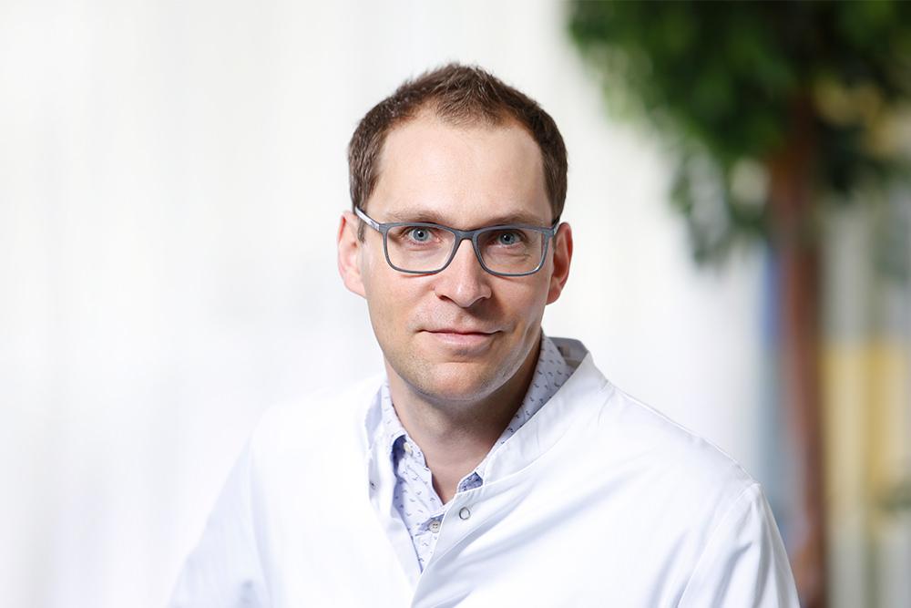 Orthopädische Klinik Hessisch Lichtenau - Dr. Henrik Fahner