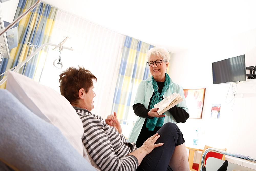 Orthopädische Klinik Hessisch Lichtenau - Kirchliche Dienste - Grüne Damen